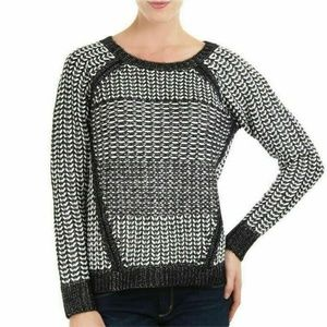 DKNY Black White Stitch & Yarn Sweater Pullover